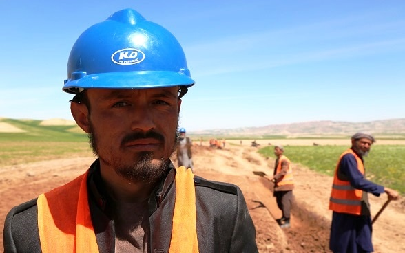 Abdul Manan, a construction worker/Cashier
