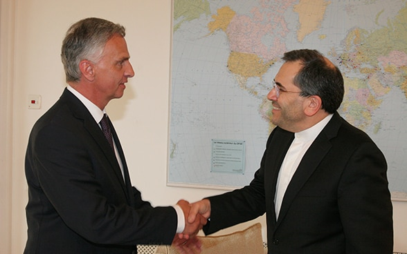 Didier Burkhalter received a courtesy visit from the head of the Iranian delegation, Deputy Foreign Minister Majid Takht-Ravanchi.