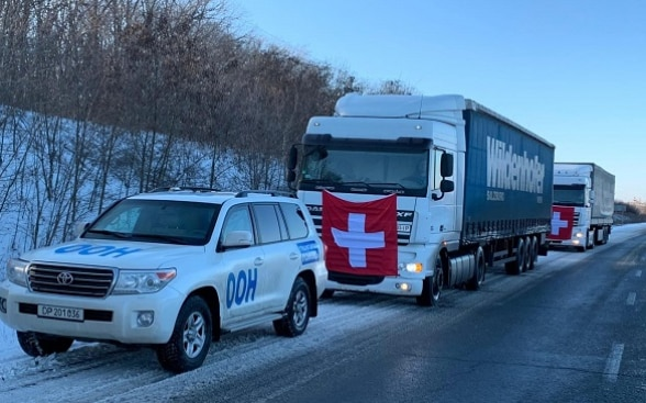 The Swiss convoy on its way on the snow-covered roads of eastern Ukraine